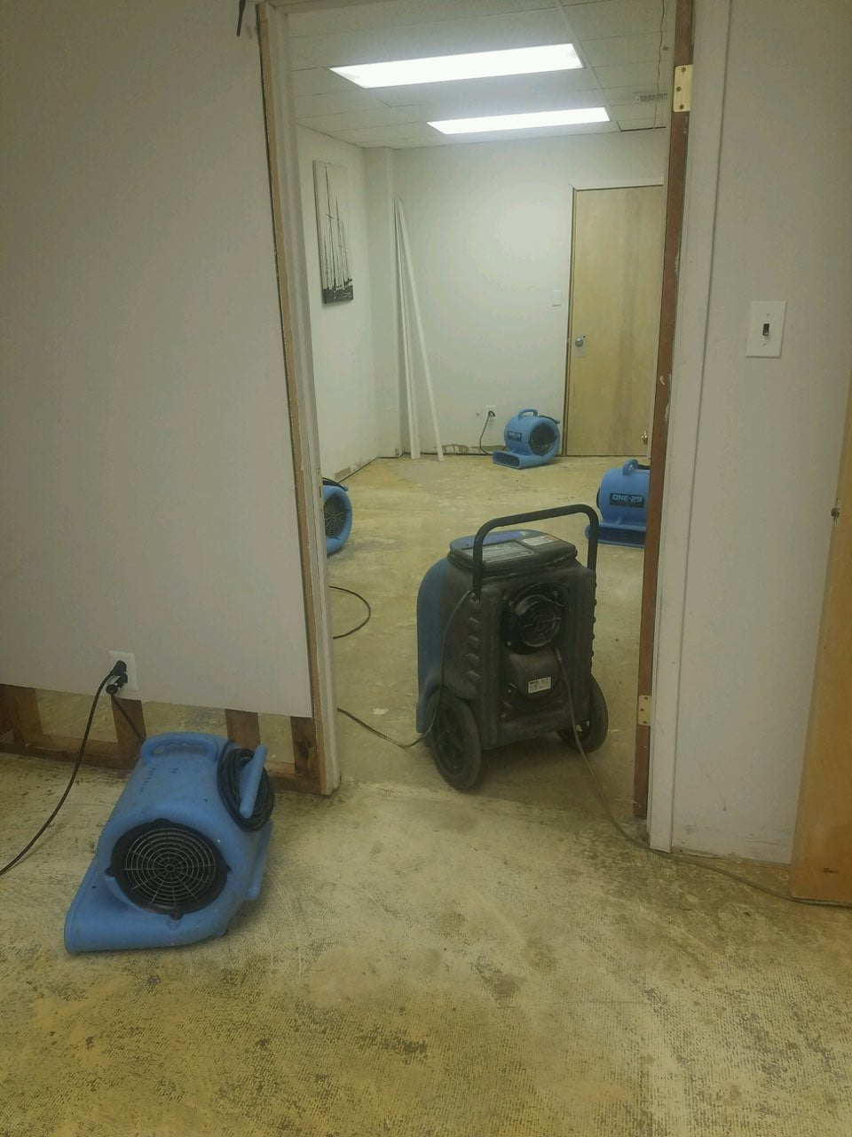 Water Damage Clean Up 1